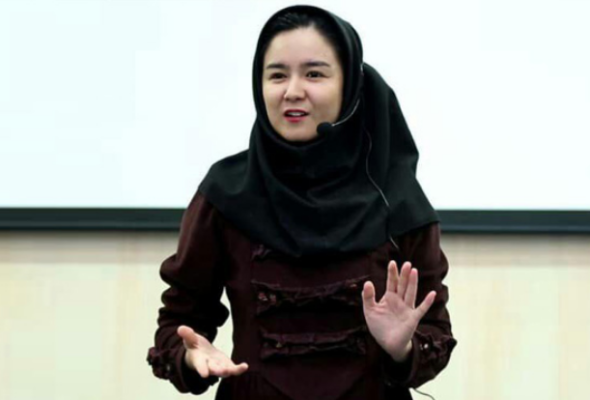 Inspiring Women of Afghanistan: Batool Naseri, a Girl Who Altered the Otherwise Grim Picture of Immigrant Afghans in Iran