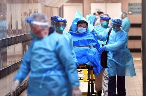 China Virus Death Toll Passes 100 as US, Canada Issue Travel Warnings