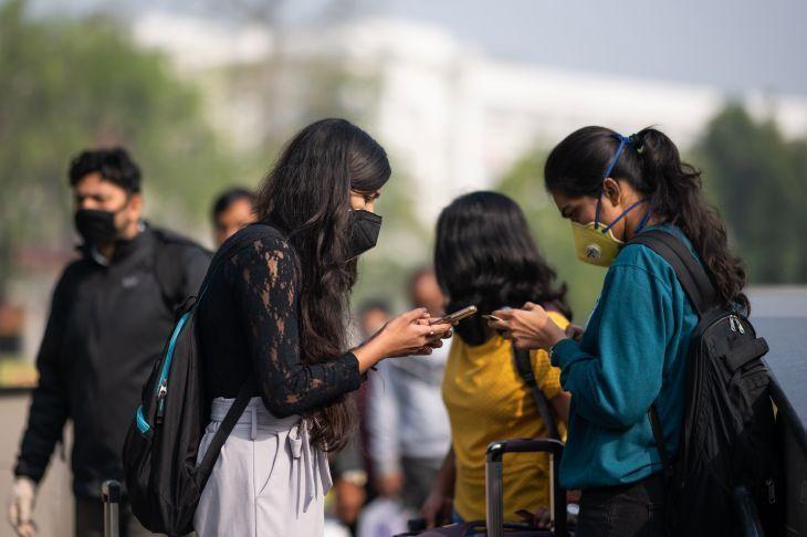 Modi Tells Indians to Save Themselves from Coronavirus as Delhi Locks Down