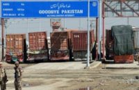 Over 2,000 Cargo Trucks Stuck in Afghan-Pak Crossing Points