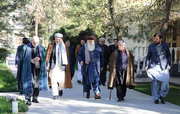 Karzai, Sayyaf, Khalili, Qanoni Urge Ghani to Stop New Appointments for Now
