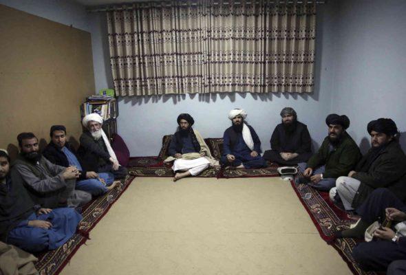 Taliban Suspends Prisoner Exchange Talks with Afghan Govt, Recalls Negotiators
