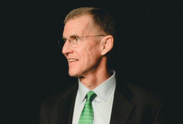 Retired US General Criticises US Prez Trump for Troop Pull-Out Decision & Politicising Iraq Visit
