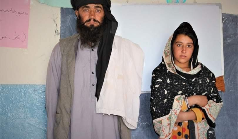 A Father and 3 Daughters: How Mia Khan's Daily Routine Touches Hearts in Afghanistan