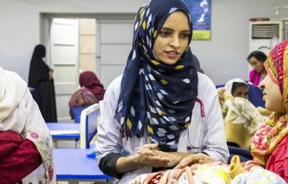 In COVID-19 Era; Salima Rahman, a Turkmen of Afghanistan Serves Afghan Refugees in Pakistan