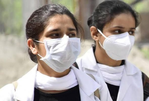 Record Fresh COVID-19 Cases for 4th Day in India Push Tally Above 400,000