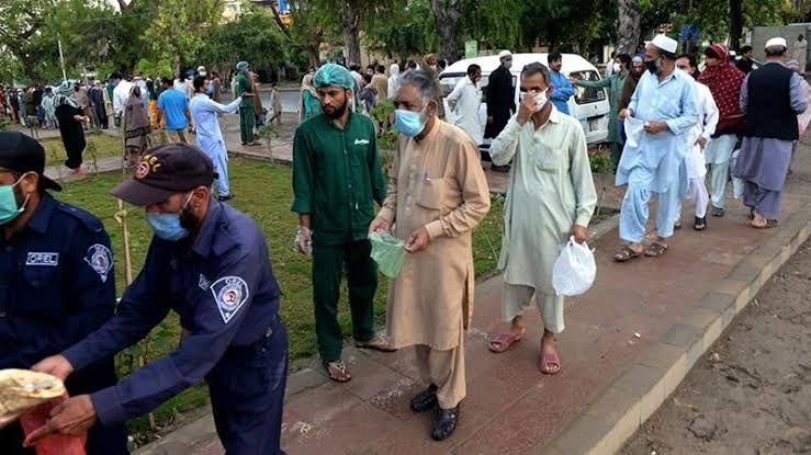 Pakistan Seals of Hot Spots Amidst Coronavirus Spike